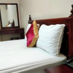 Phòng 350 nghìn của khách sạn Tân Phú Gia giá 350.000 đồng
