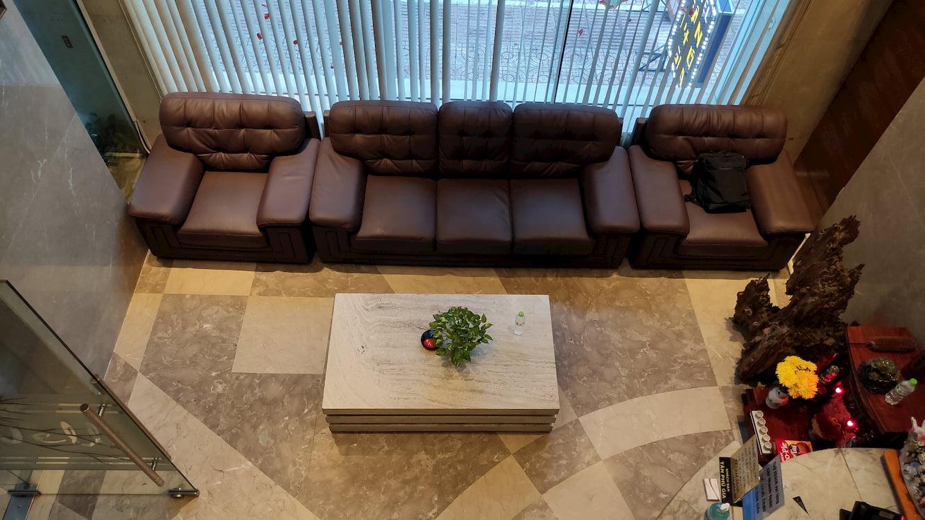 Sảnh chờ của khách sạn Tân Phú Gia