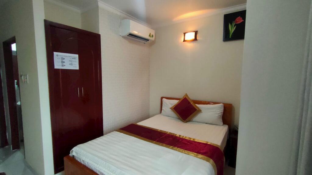 Phòng đơn 280 giá tốt của khách sạn ở quận Tân Phú